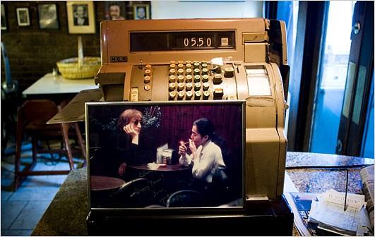 John and Yoko at Cafe La Fortuna